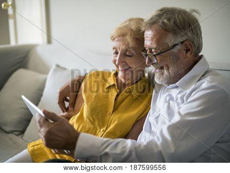 Senior Adult Use Tablet Technology