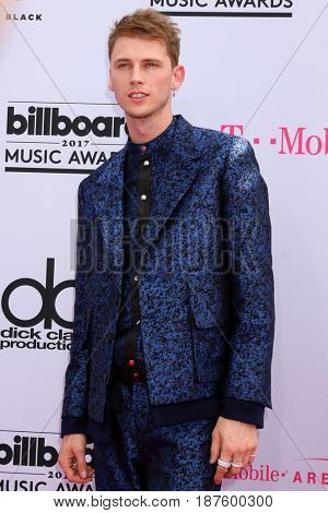 LAS VEGAS - MAY 21:  Machine Gun Kelly at the 2017 Billboard Music Awards - Arrivals at the T-Mobile Arena on May 21, 2017 in Las Vegas, NV