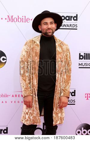 LAS VEGAS - MAY 21:  Parson James at the 2017 Billboard Music Awards - Arrivals at the T-Mobile Arena on May 21, 2017 in Las Vegas, NV