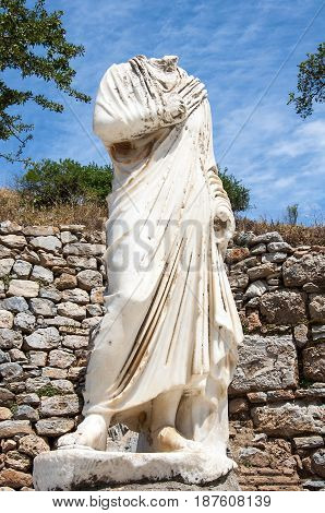 Headless Hercules statue on pedestal, Ephesus, Turkey