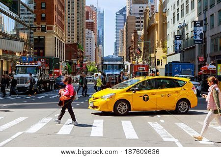 NEW YORK CITY USA - 04 2017 : South bound traffic from NY taxi in the New York Beautiful building and architecture of the city in sight.