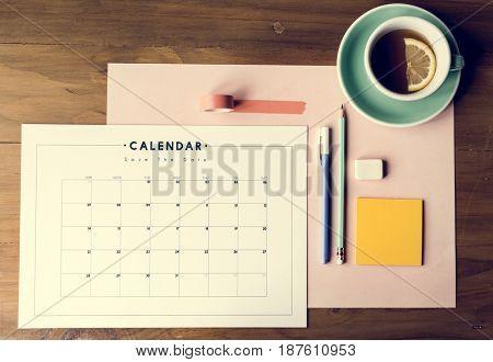 Monthly calendar week reminder organization