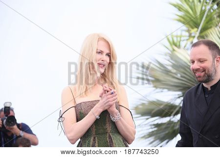 Nicole Kidman, Yorgos Lanthimos  attend the 'The Killing Of A Sacred Deer' photocall during the 70th annual Cannes Film Festival at Palais des Festivals on May 22, 2017 in Cannes, France.