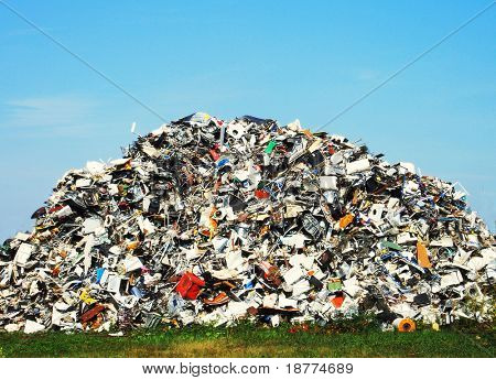 Pile of metallic waste on a recycle site