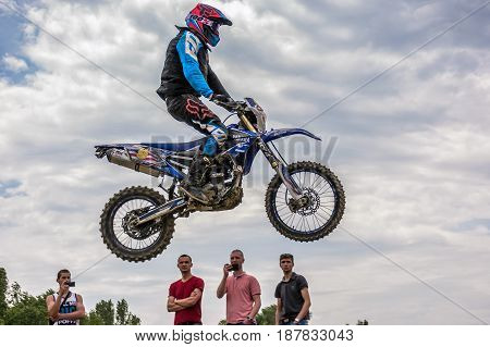 Country Cross Ktm Extreme Jumping