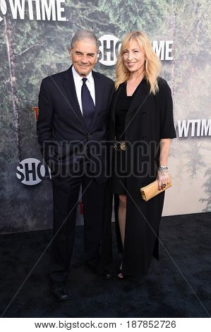 LOS ANGELES - MAY 19:  Robert Forster arrives for the premiere of