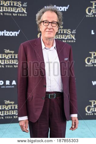 LOS ANGELES - MAY 18:  Geoffrey Rush arrives for
