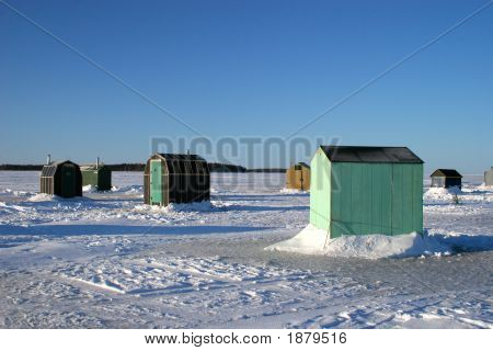 Ice Fishing Huts 3