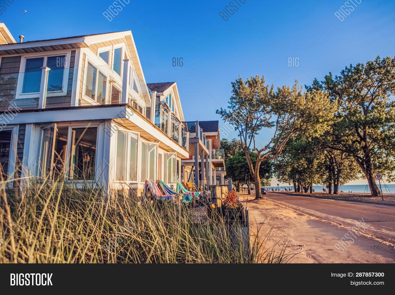 Close Row Beach Houses Image Photo