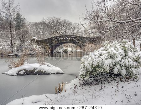 Gapstow Bridge In Central Park, New York ?ity