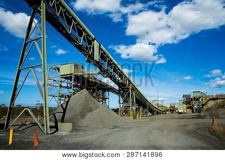 Mining Process Plant In The Australian Outback