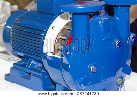 Close Up Cross Section Detail Inside Impeller Centrifugal High Pressure Pump For Industrial