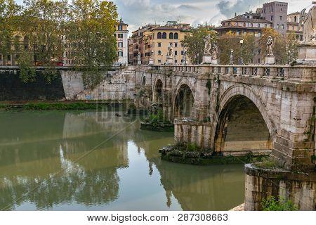 Rome, Italy - November 4, 2018: Ponte Santangelo, Once The Aelian Bridge Or Pons Aelius, Meaning The