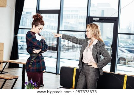 Strict Female Ceo Firing Her Inexperienced Young Trainee