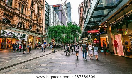 6th January 2019, Sydney Nsw Australia : Streetview Of Pitt Pedestrian Street Full Of People In Sydn