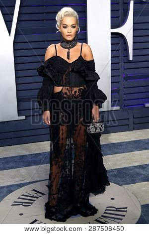 BEVERLY HILLS - FEB 24: Rita Ora at the 2019 Vanity Fair Oscar Party at The Wallis Annenberg Center for the Performing Arts on February 24, 2019 in Beverly Hills, CA