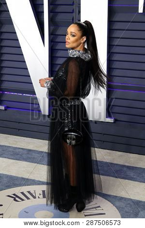BEVERLY HILLS - FEB 24: Tessa Thompson at the 2019 Vanity Fair Oscar Party at The Wallis Annenberg Center for the Performing Arts on February 24, 2019 in Beverly Hills, CA
