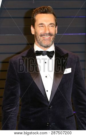 BEVERLY HILLS - FEB 24: Jon Hamm at the 2019 Vanity Fair Oscar Party at The Wallis Annenberg Center for the Performing Arts on February 24, 2019 in Beverly Hills, CA