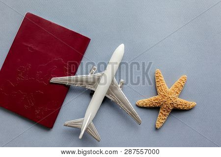 Password with aeroplane and sea star