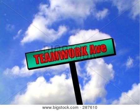 Sign - Teamwork Avenue