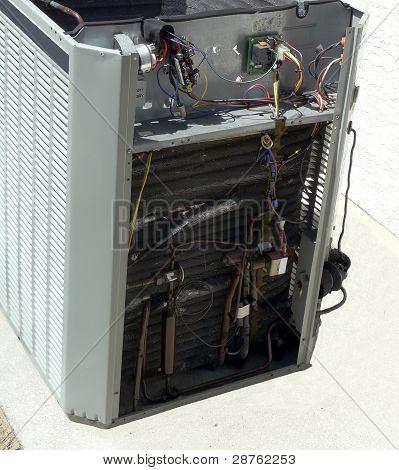 Air Conditioner Heat Pump Repair