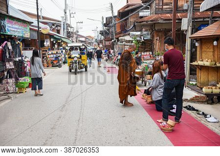 Chiang Khan Loei Thailand - 13 September 2020 : Tourists At Chiang Khan Walking Street In Ancient Co