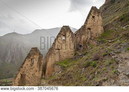Ollantaytambo, Peru - April 4, 2014: Ollantaytambo Archaeological Site, Pinkuylluna Ruins And Constr