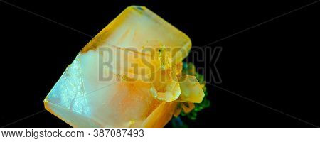 Green crystal of natural origin. Natural geological material for use in technology and jewelry