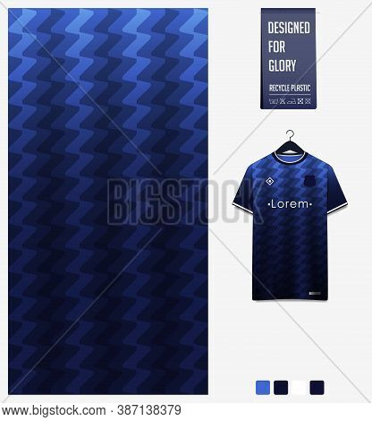 Zig Zag Pattern On Blue Gradient Background For Soccer Jersey, Football Kit, Bicycle, E-sport, Baske