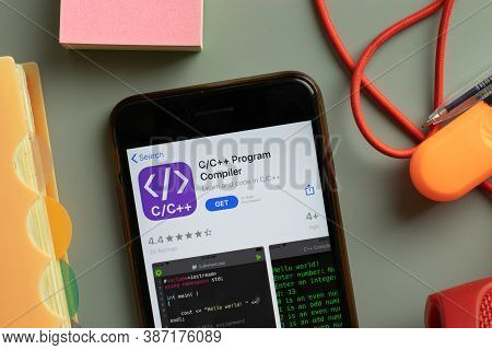 New York, Usa - 28 September 2020: Cc Program Compiler Mobile App Logo On Phone Screen Close Up, Ill