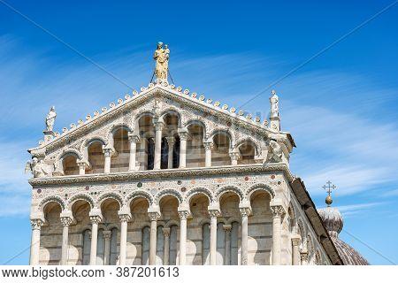 Pisa Cathedral (duomo Di Santa Maria Assunta), In Pisan Romanesque Style, Piazza Dei Miracoli (squar