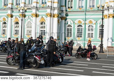 St Petersburg, Russia-september 26, 2020: Group Of Bikers On Various Bikes Are On Palace Square. The