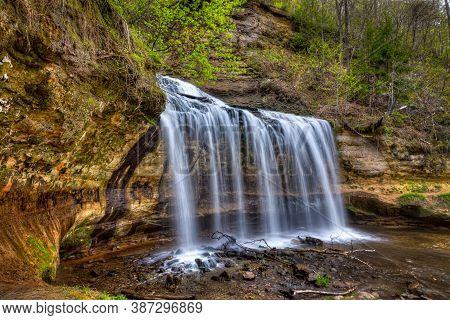 Cascade Falls In Osceola, Wisconsin In The American Midwest