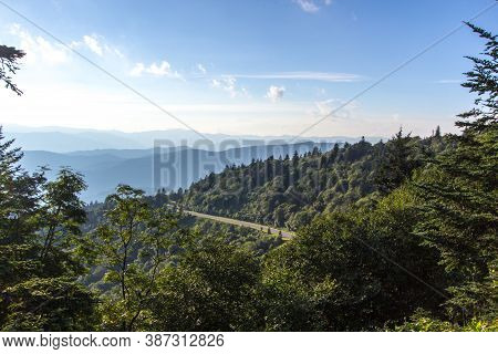 Driving The Blue Ridge Parkway. The Blue Ridge Parkway Winds Along The Side Of The Appalachian Mount