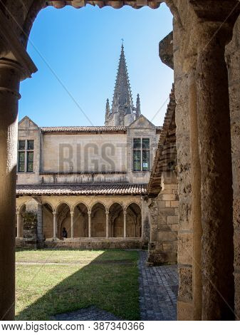 Saint Emilion, France - September 8, 2018: Medieval French Cloisters At The Collegiale Church Of Sai