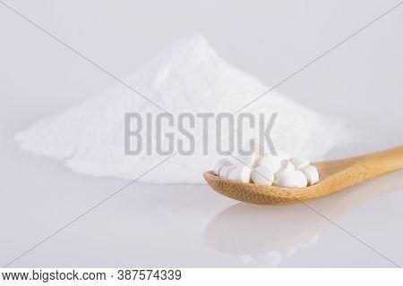 Natural Sweetener In Powder From Stevia Plant - Stevia Rebaudiana