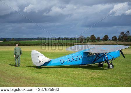 Old Warden, Bedfordshire, Uk , October 6, 2019. De Havilland Dh.80a Puss Moth Aircraft G-aazp. Race