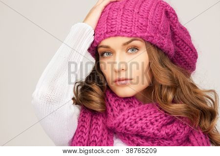 picture of beautiful woman in winter hat.