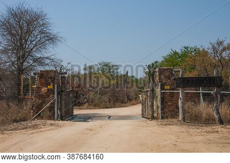 Tamboti Restcamp Gate, Kruger National Park, South Africa, Sept 25, 2020: Entrance Gate at Tamboti restcamp in Kruger National Park. Tamboti is a satellite camp of Orpen in the west of Kruger.