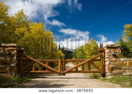 Log Gate With Mountain Vista