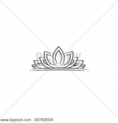 Crown, Woman, Diadem Line Icon. Signs And Symbols Can Be Used For Web, Logo, Mobile App, Ui, Ux