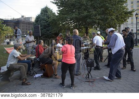 Bronx, New York/usa - September 9, 2019: Members Of  La'frojaz Participate In A Free Outdoor Jam At