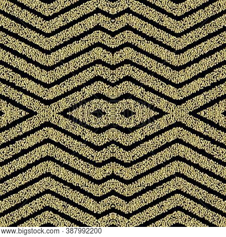Textured Zig Zag Seamless Pattern. Grunge Stippled Geometric Backdround. Repeat Vector Dotted Backdr