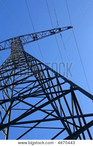 Single Power Pylon