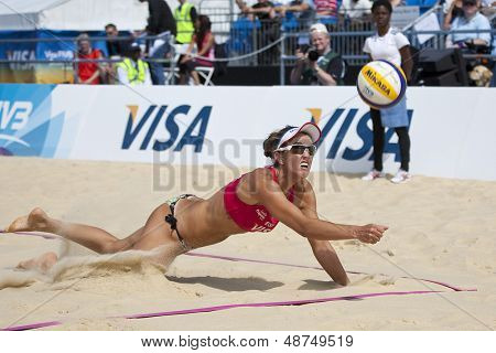 10/08/2011 LONDON, ENGLAND, Alejandra Simon (ESP)   during the FIVB International Beach Volleyball tournament, at Horse Guards Parade, Westminster, London.