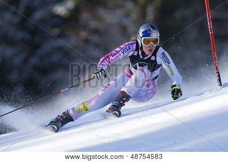 LIENZ, AUSTRIA 28 December 2009. Lindsey Vonn USA speeds down the course while competing in the first run of the women's Audi FIS Alpine Skiing World Cup giant slalom race.