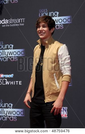 LOS ANGELES - AUG 1:  Austin Mahone arrives at the 2013 Young Hollywood Awards at the Broad Stage on August 1, 2013 in Santa Monica, CA