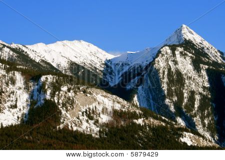 rocky mountains in canada