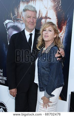 LOS ANGELES - JUL 16:  David Lynch, Kimmy Robertson at the 'Twin Peaks - The Entire Mystery' Blu-Ray/DVD Release Party And Screening at the Vista Theater on July 16, 2014 in Los Angeles, CA