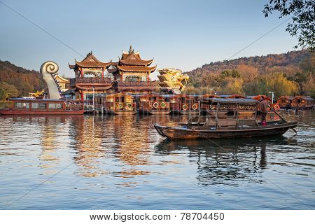 Traditional Chinese Recreation Boat With Tourists And Boatman